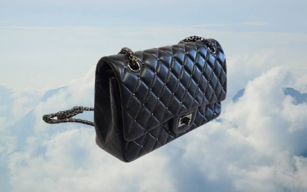 Lux studded lambskin leather flap bag @cateyesandcandy